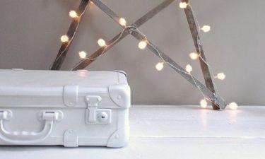Ιδέες διακόσμησης για να μη βάλεις τα χριστουγεννιάτικα λαμπάκια μόνο στο δέντρο σου!