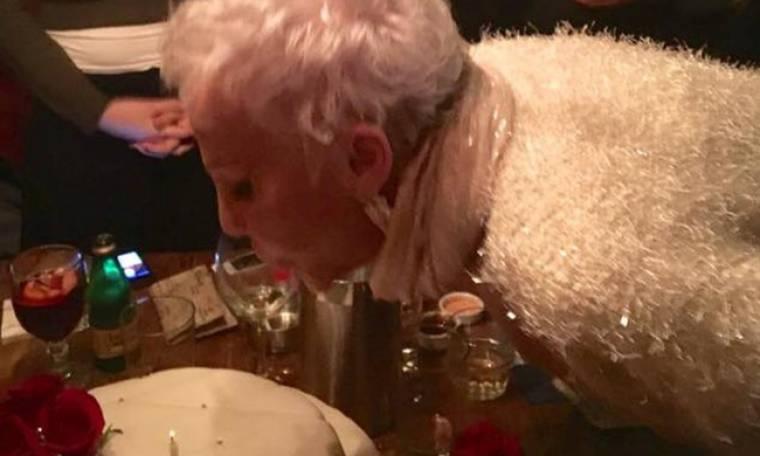 Ζωή Λάσκαρη: Σαν σήμερα θα είχε γενέθλια - Οι αδημοσίευτες φωτο από το τελευταίο πάρτι της