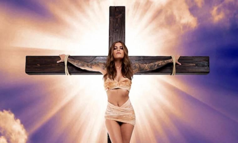 Το μοντέλο και η φωτογράφηση που τρέλανε την Εκκλησία