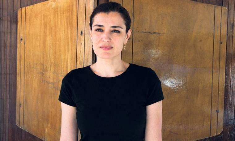 Μαρία Ναυπλιώτου: «Αναγκαζόμαστε να δουλεύουμε πολύ και δεν προλαβαίνουμε ποτέ να κυοφορήσουμε»