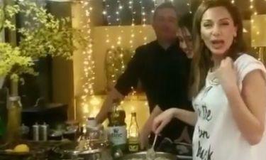 Η Δέσποινα Βανδή ετοίμασε το τραπέζι και αντί για γαλοπούλα έφτιαξε…