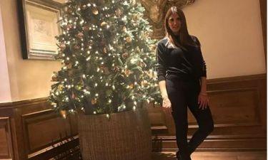 Σταματίνα Τσιμτσιλή: Οι κόρες της χαϊδεύουν τη φουσκωμένη της κοιλίτσα! (Φωτό)