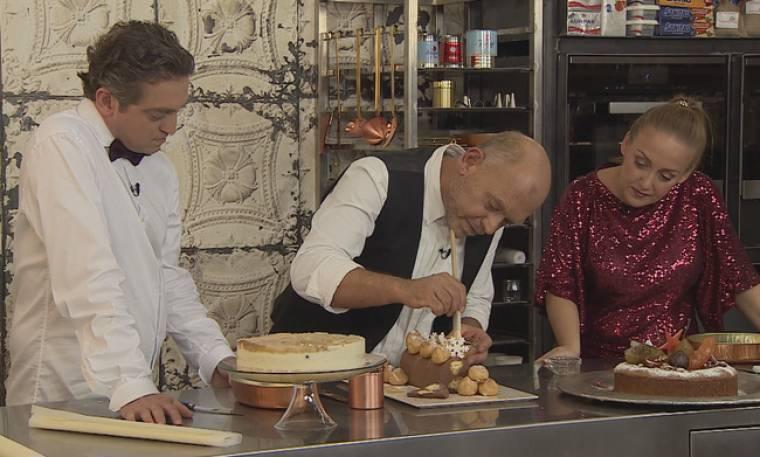 «Γλυκές αλχημείες»: Αυτά τα γλυκά προτείνει για το πρωτοχρονιάτικο τραπέζι ο Παρλιάρος