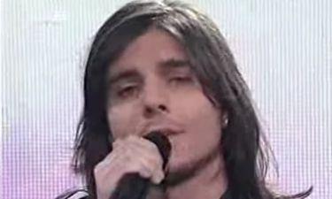 Θυμάστε έτσι τον τραγουδιστή των «Τριημιτόνιο»; Μεταλλάχτηκε εντελώς (Nassos blog)