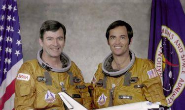 Πέθανε ο πιο έμπειρος αστροναύτης της NASA, Τζον Γιάνγκ (pics&vid)