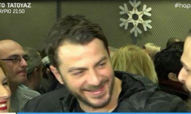 Τρελό Γέλιο! Ο Ντάνος ρωτούσε τους ρεπόρτερ πως λένε την παράσταση που πήγε να δει!
