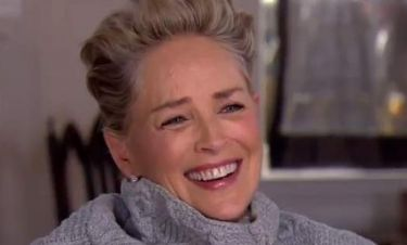 Sharon Stone: Ξέσπασε σε γέλια όταν την ρώτησαν αν την έχουν παρενοχλήσει σεξουαλικά
