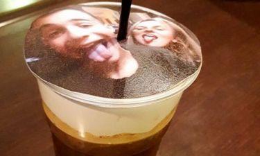Το selfieccino είναι η νέα μόδα που τρελαίνει τη Θεσσαλονίκη - Καφές με αφρόγαλα… τη selfie σου