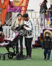 Η οικογένεια Χανταμπάκη στο λούνα παρκ