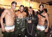Λαμπερή επίδειξη μόδας από τον Νίκο Αποστολόπουλο