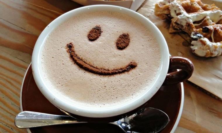 Οι celebrities απόλαυσαν τον καφέ τους σε αγαπημένο τους στέκι στο κέντρο της Αθήνας