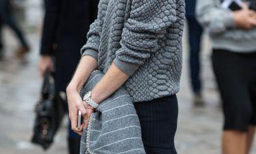 Mάθε πώς να αφαιρείς μόνη σου τους κόμπους από τα πουλόβερ σου