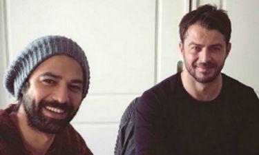 Γιώργος Αγγελόπουλος: Μετά το γύρισμα ποζάρει με τους συντελεστές του «Τατουάζ»