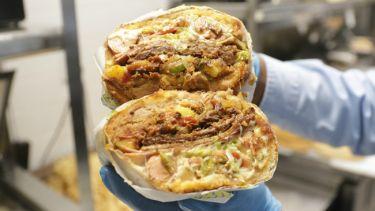 Το Torta Cubana είναι το βρόμικο που λείπει από τις καντίνες μας
