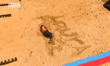 Survivor 2: Ο Μουρούτσος αφιέρωσε τη νίκη του στη Νάργιες – Έγραψε το όνομά της στην άμμο