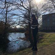 Τατιάνα Στεφανίδου: Φωτογραφίζει την κόρη της Λυδία στην Αγγλία