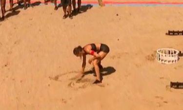 Survivor 2: Δαλάκα: Η περίεργη αφιέρωση στην άμμο και το αρχικό που έσβησε