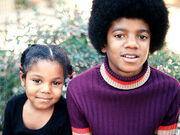 Το ξέσπασμα της ετεροθαλούς αδερφής του Michael Jackson