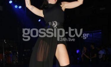 Πρωταγωνίστρια της Παρθένας Ζωής ανέβηκε στην πίστα και τρέλανε κόσμο με την sexy εμφάνισή της