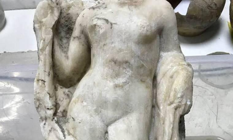 Η ακέφαλη Αφροδίτη: Ανακαλύφθηκε άγαλμα της θεάς στο μετρό της Θεσσαλονίκης