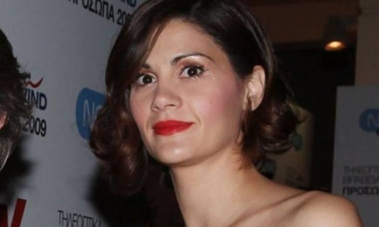 Άννα Μαρία Παπαχαραλάμπους: «Είμαστε τελείως εγκλωβισμένοι σε πεποιθήσεις άλλων»