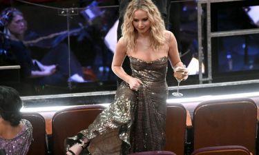 Όσκαρ 2018: Η Jennifer Lawrence καβάλησε τα καθίσματα και δεν τσακίστηκε