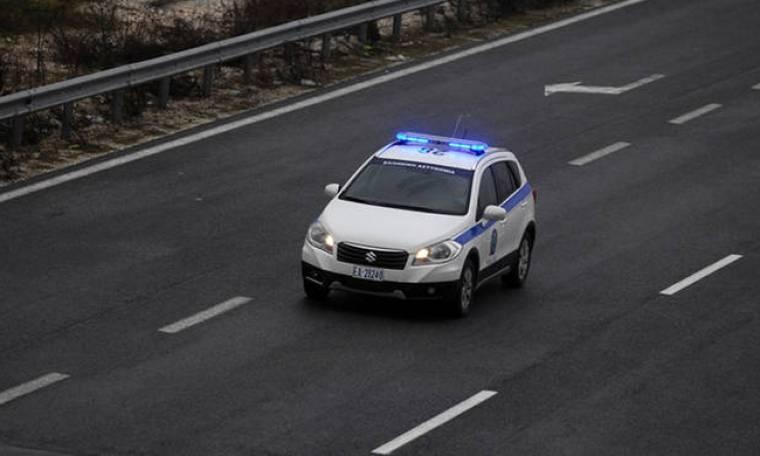 Άγρια καταδίωξη στην Εθνική Οδό Αθηνών - Λαμίας με ένα νεκρό (pics)