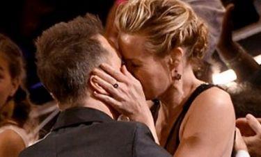 Όσκαρ 2018: Έτσι πανηγύρισε για το βραβείο του - Το «καυτό» φιλί του ηθοποιού στην σύντροφό του