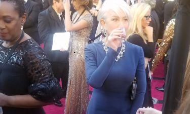 Oscars 2018: Viral η Helen Mirren με το… σφηνάκι της