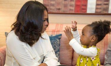 Η Μισέλ Ομπάμα γνωρίζει τη δίχρονη θαυμάστριά της