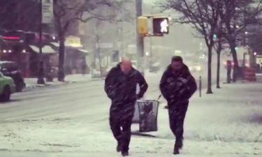 Θάνος Πετρέλης: Βρήκε… χιόνια στην Νέα Υόρκη