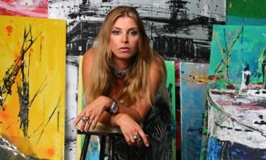 Η Αθήνα γίνεται καλλιτεχνικό σταυροδρόμι χάρη στη Μίνα Παπαθεοδώρου-Βαλυράκη και την Β' Beth Weldon!