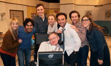Το συγκινητικό αντίο των πρωταγωνιστών του Big Bang Theory στον Stephen Hawking
