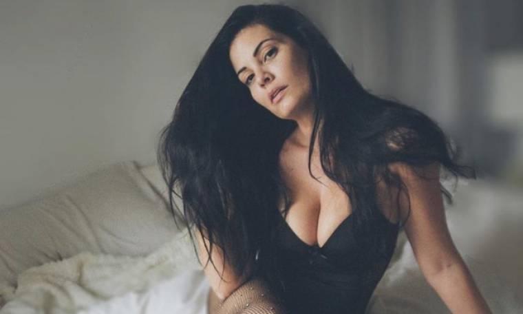 Μαρία Κορινθίου: «∆εν «µασάω» ούτε µε τις επιθέσεις ούτε µε το «µπούλινγκ» που µου γίνεται»