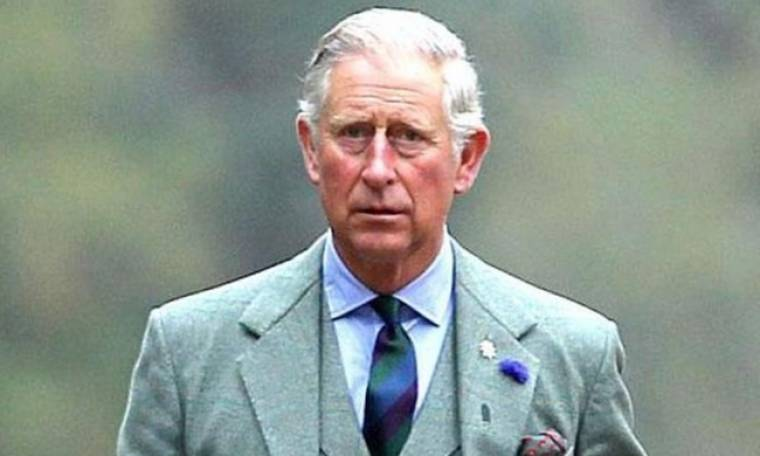 Δεν πάει το μυαλό σας τι παίρνει μαζί του στα ταξίδια ο πρίγκιπας Κάρολος