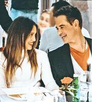 Άρης Σπηλιωτόπουλος: Ρομαντικό δείπνο στην καρδιά της Αθήνας με τη σύντροφό του