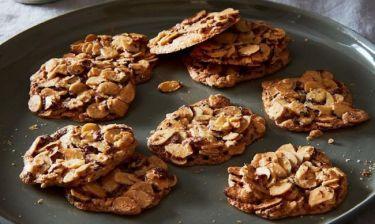 Τα νοστιμότερα μπισκότα γίνονται με 3 υλικά... και μέσα σε αυτά δεν είναι το αλεύρι