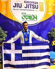 Τι κάνει σήμερα, τρεις μήνες μετά το Nomads ο Γιώργος Κατσινόπουλος; Ο τραυματισμός και τα μετάλλια!