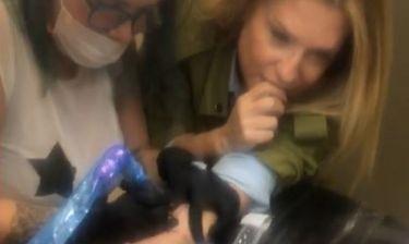 Κλεοπάτρα Πατλάκη: «Χτύπησε» το πρώτο της τατουάζ αλλά δεν πέρασε πολύ καλά