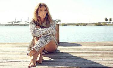 H Elle Macpherson μοιράζεται μαζί μας το πιο φθηνό μυστικό για υπέροχο δέρμα