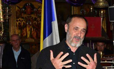 Στέλιος Μάινας: Δείτε τον να απαγγέλει Παπαδιαμάντη μέσα σε εκκλησία