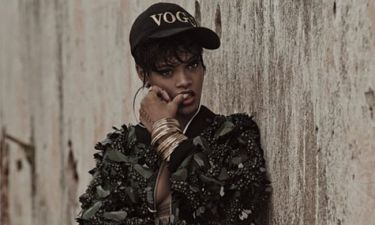Η Rihanna στη νέα της εμφάνιση είναι και sexy και πολύ αδυνατισμένη