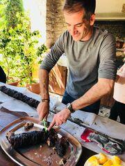 Κοσιώνη – Μπακογιάννης: Στο Καρπενήσι το πρώτο Πάσχα με τον γιο τους – Η φωτό με τον μικρό