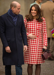 Kate Middleton: Μπήκε στο μαιευτήριο. Γεννάει από μέρα σε μέρα
