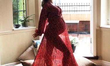 Η διάσημη μαμά σε λίγες μέρες γεννάει και ανέβασε μία υπέροχη φωτογραφία της (pics)