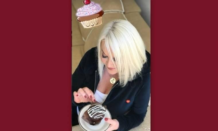 Ρούλα Κορομηλά: Τα φίλτρα και... η γλυκιά αμαρτία!