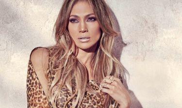 Jennifer Lopez: «Προκάλεσε εγκεφαλικά» με τη φωτό χωρίς εσώρουχο