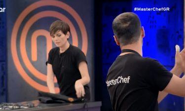 Master Chef: Αποχώρησε η Μάγκυ Ταμπακάκη- Η αμήχανη χειραψία με τους κριτές