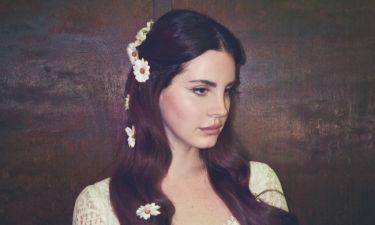 Lana Del Ray: Το μήνυμα της μετά την «επίθεση» που δέχτηκε στη συναυλία της