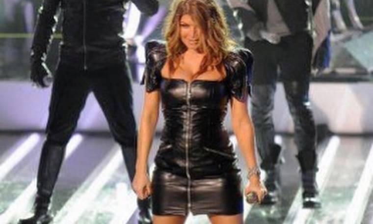 Η Fergie με δημιουργία Έλληνα σχεδιαστή